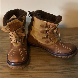 Brand new Pajar Canada boots
